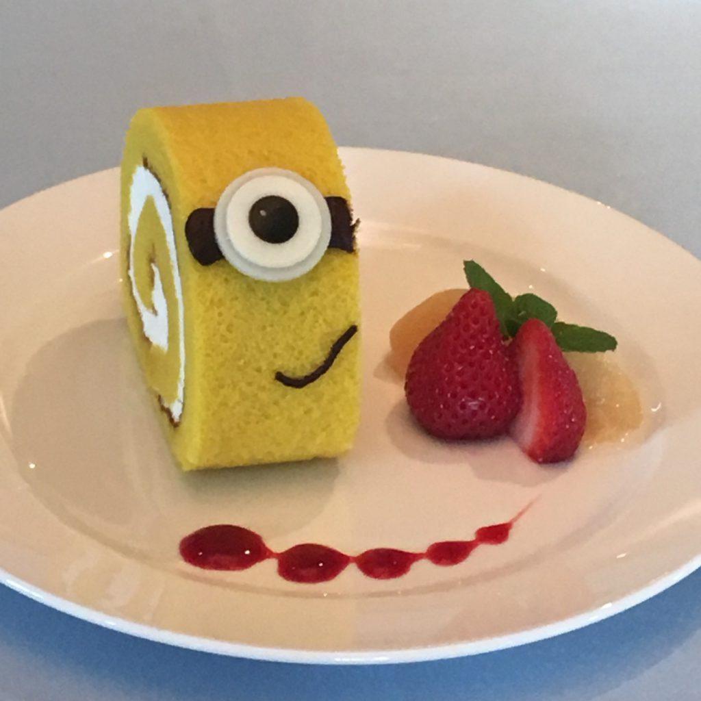 ミニオンロールケーキ